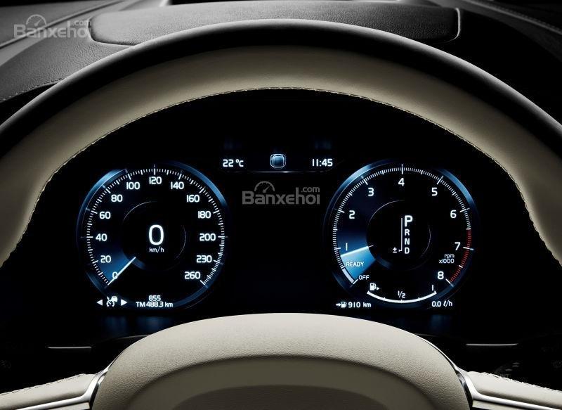 Đánh giá xe Volvo V90 Cross Country 2018: Cụm đồng hồ trên xe.
