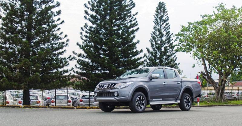 Đánh giá xe Mitsubishi Triton 2017 được nhập khẩu nguyên chiếc với nhiều thay đổi.