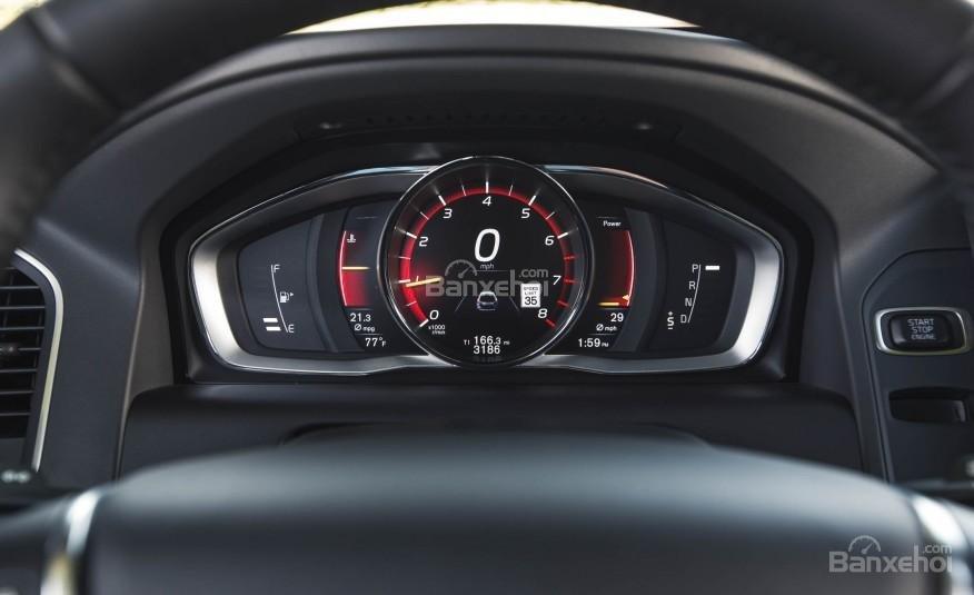 Đánh giá Volvo XC60 2017 về bảng đồng hồ lái a3