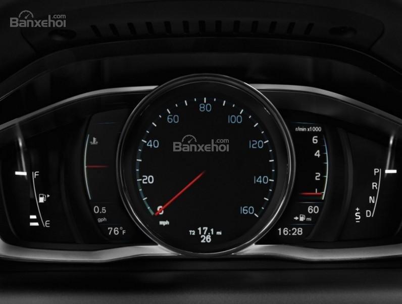 Đánh giá Volvo XC60 2017 về bảng đồng hồ lái a1