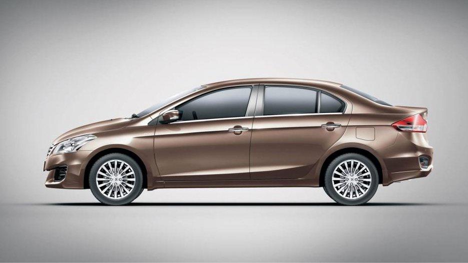 So sánh xe Suzuki Ciaz 2017 và Honda City 2016 về thiết kế thân xe 1