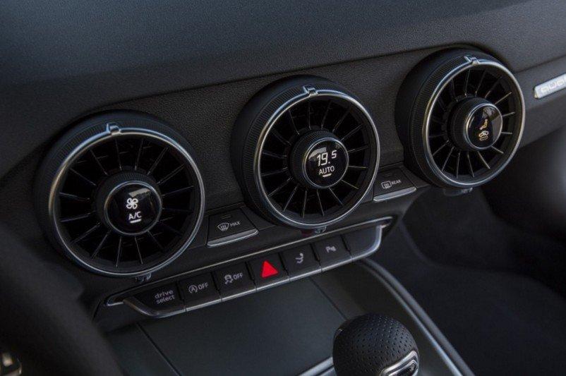 Đánh giá xe Audi TT 2017 về hệ thống thông tin giải trí a1
