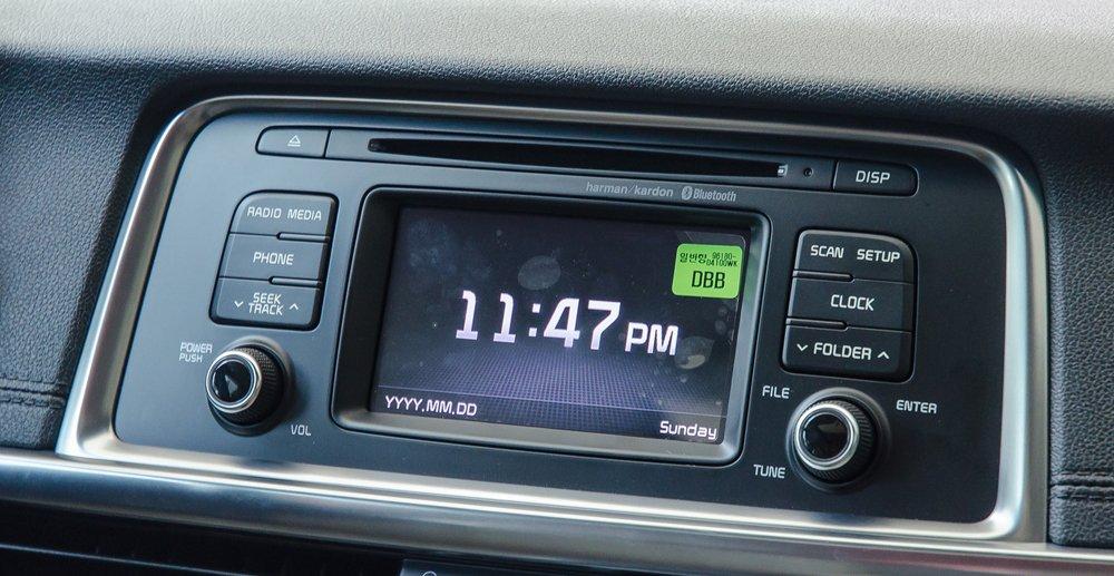 Đánh giá xe Kia Optima 2017 có màn hình cảm ứng 5 inch.