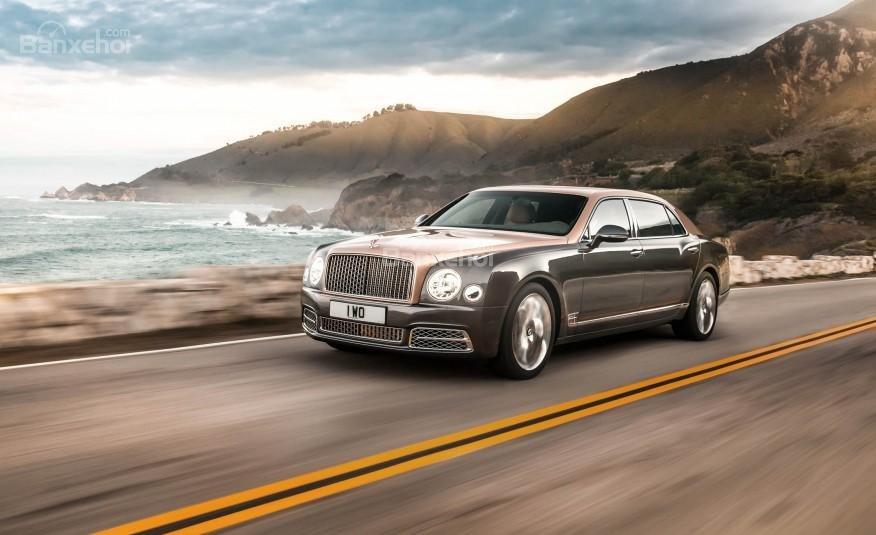 Bentley Mulsanne EWB 2017 bản trục cơ sở dài.
