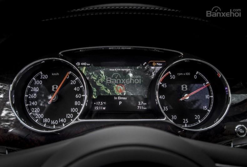 Đánh giá xe Bentley Mulsanne 2017: Bảng đồng hồ lái.