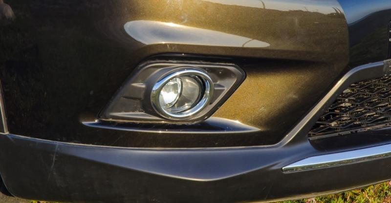 Đánh giá xe Nissan X-Trail 2016 có đèn sương mù LED.