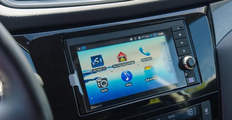 Đánh giá xe Nissan X-Trail 2016 có màn hình cảm ứng chạy Android hiện đại.