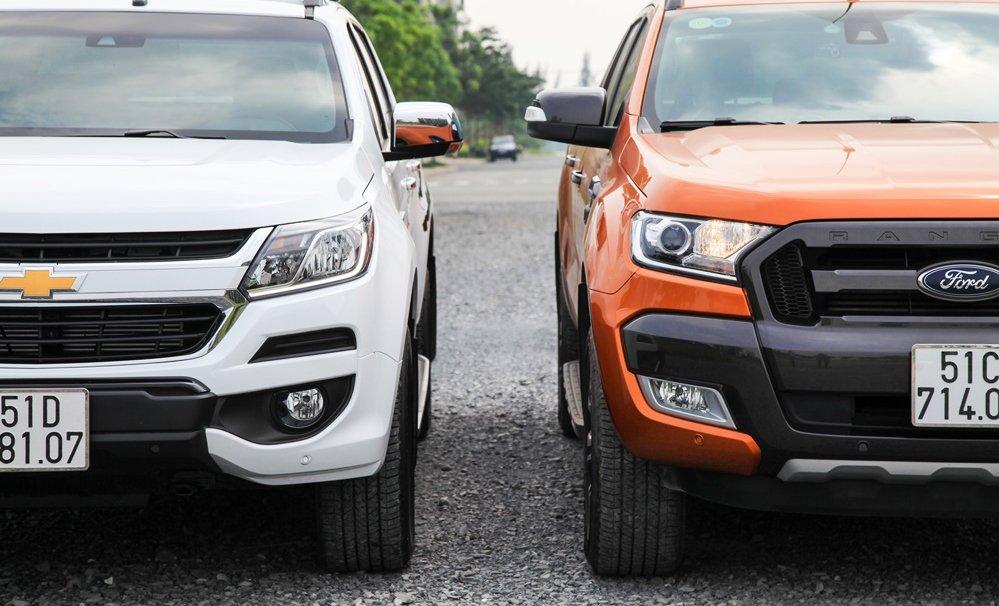 So sánh nội thất Ford Ranger Wildtrak 2016 và Chevrolet Colorado High Country 2017 3