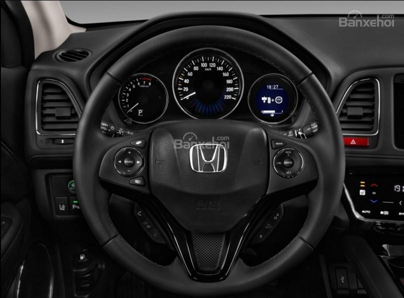 So sánh xe Chevrolet Trax 2017 và Honda HR-V 2017 về thiết kế vô-lăng a2