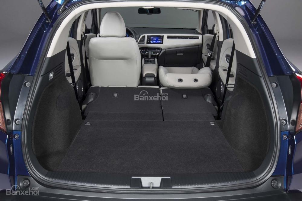 Khoang chứa đồ Honda HR-V 2017 a2