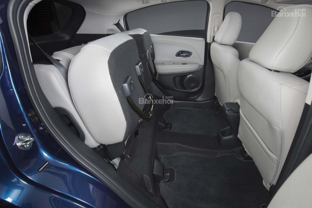 Không gian ghế ngồi trên Honda HR-V 2017 a3