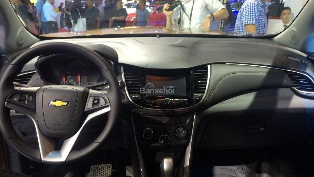 So sánh nội thất Ford EcoSport và Chevrolet Trax: Đủ dùng nhưng không nổi bật 2