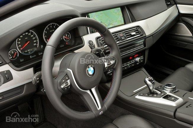 Đánh giá xe BMW M5 2016 về hệ thống thông tin giải trí a1