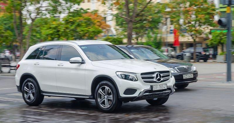 Đánh giá xe Mercedes-Benz GLC-Class 2017 về thiết kế thân xe 2