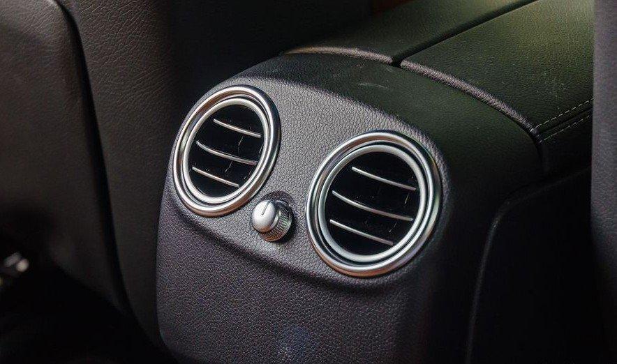 Đánh giá xe Mercedes-Benz GLC-Class 2017 về hệ thống điều hòa 4
