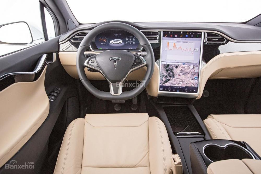 Tesla Model X 2016 mang đến cho khách hàng nhiều gói nâng cấp với loạt trang bị khác nhau.