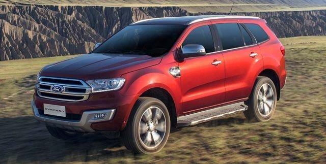 Đánh giá xe Ford Everest 2017: Thân xe to, cao, vững chãi đặc trưng của dòng SUV 1