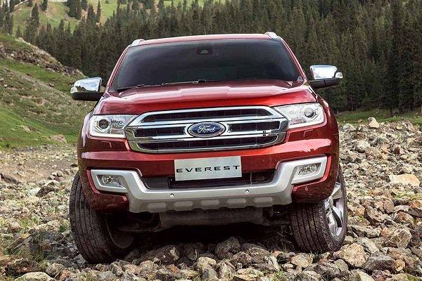 Đánh giá xe Ford Everest 2017: Thiết kế đầu xe hầm hố, cứng cáp, nhiều điểm tương đồng với Ranger 1