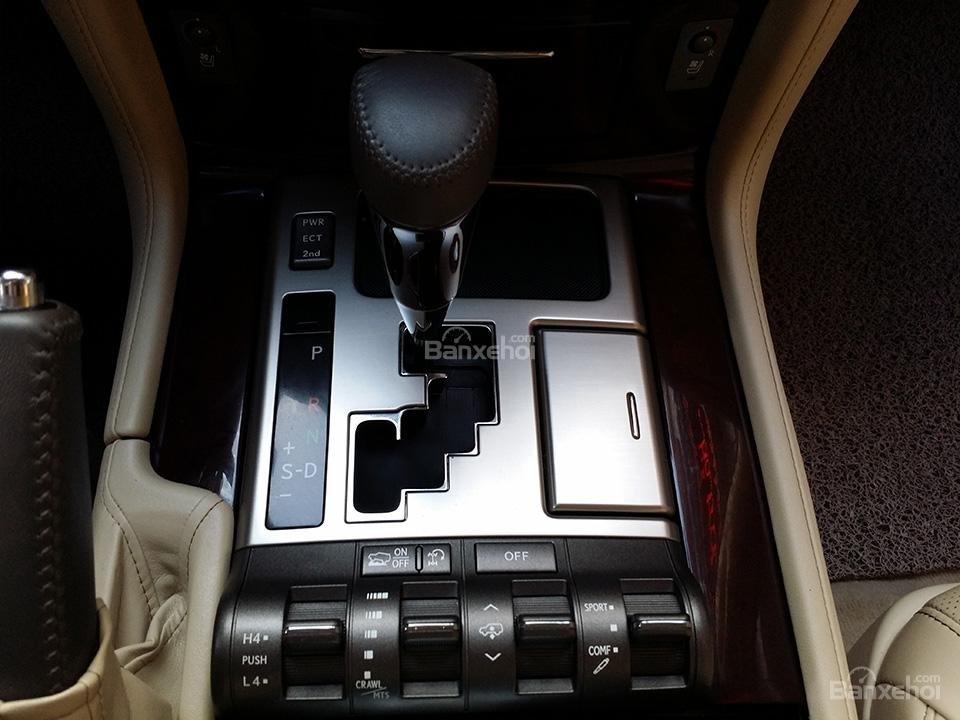 Cần bán xe Lexus LX 570 nhập Mỹ, model 2015, màu đen (9)