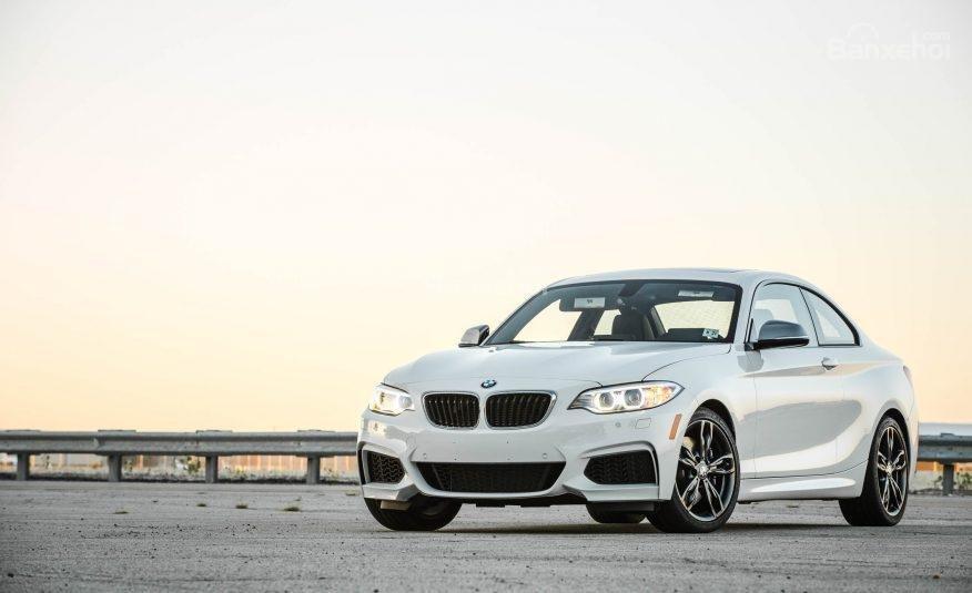 Đánh giá xe BMW 2-Series 2017: Thiết kế đầu xe cơ bắp, hầm hố 1