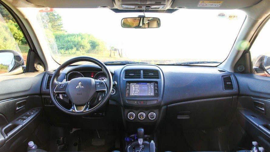 Nissan X-Trail và Mitsubishi Outlander Sport đều là 2 mẫu xe có thể tích nội thất lớn nhất phân khúc 2
