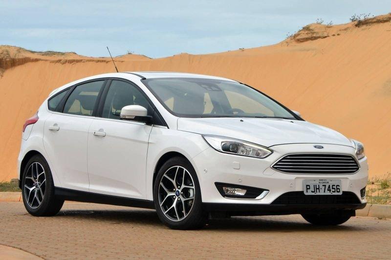 Đánh giá xe Ford Focus 2017: Kích thước tổng thể vẫn giữ nguyên so với bản tiêu chuẩn 1