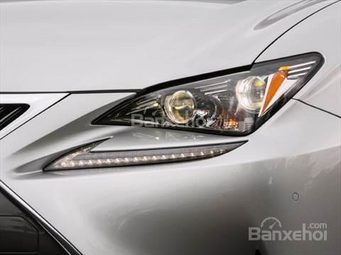 Đánh giá xe Lexus RC 2017: Đèn pha tích hợp LED.