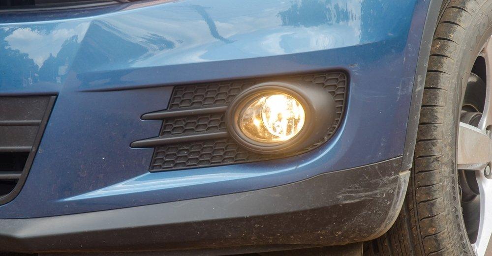Đánh giá xe Volkswagen Tiguan 2016: Đèn sương mù dạng tròn.