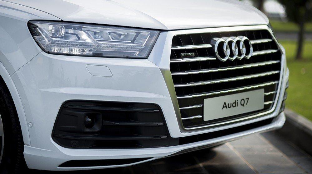 Audi Q7 2016 sở hữu thiết kế khá thể thao và sang trọng đậm chất Đức 2