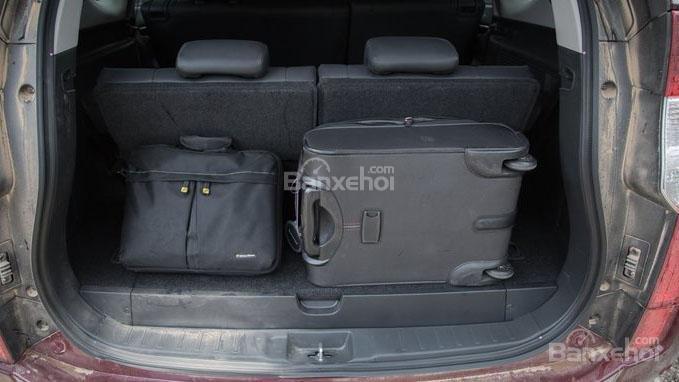 So sánh xe Mitsubishi Pajero Sport 2017 và Chevrolet Trailblazer 2017 về khoang hành lý a1