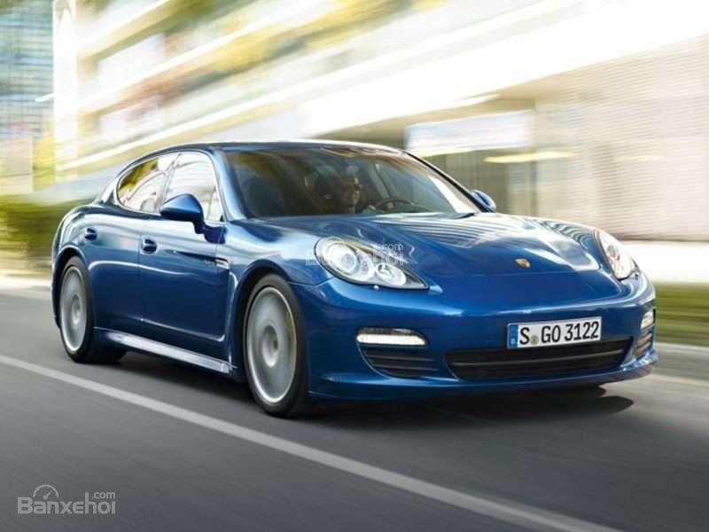 Điểm mặt 10 mẫu sedan thể thao cao cấp 6