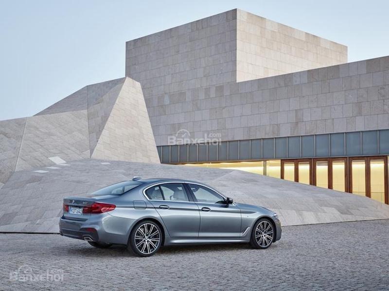 Điểm mặt 10 mẫu sedan thể thao cao cấp 1
