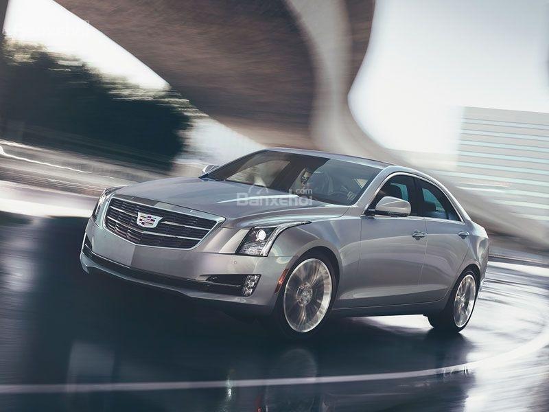 Điểm mặt 10 mẫu sedan thể thao cao cấp 7