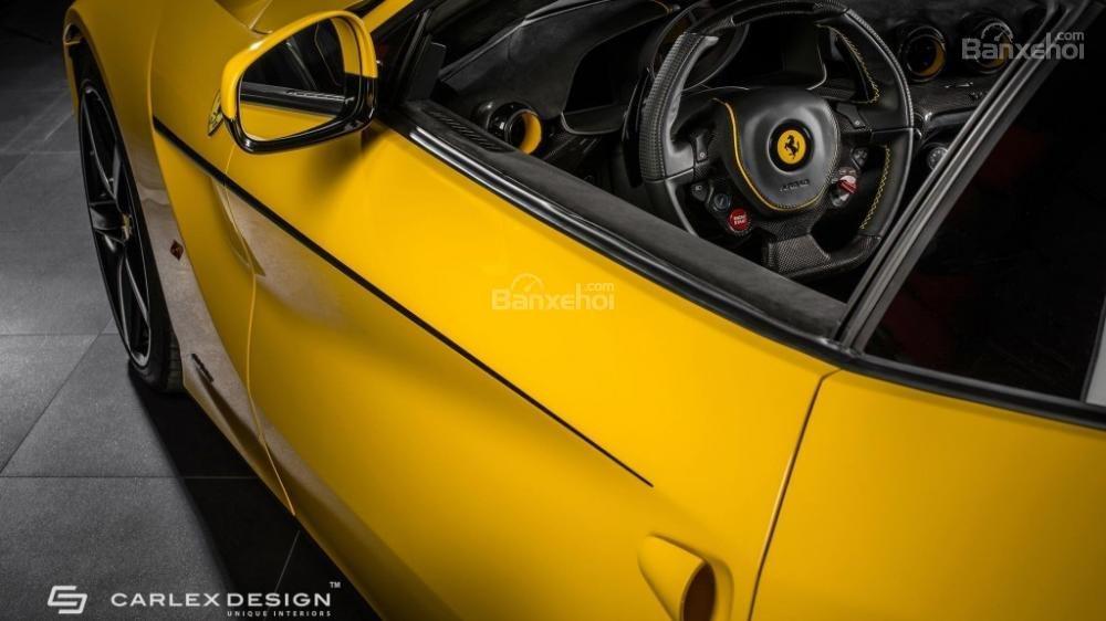 Chiêm ngưỡng xế độ Ferrari F12 Berlinetta màu vàng chuối cực đẹp 3