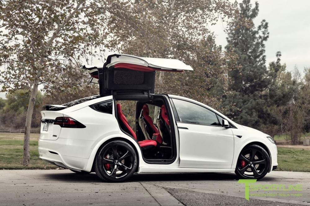 """Tesla Model X độ nội thất siêu sang nhà Bentley """"hét"""" giá 180.000 USD a2"""