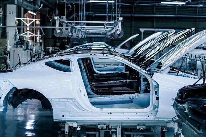 Cận cảnh dây chuyền sản xuất mẫu coupe hạng sang Lexus LC 500 2