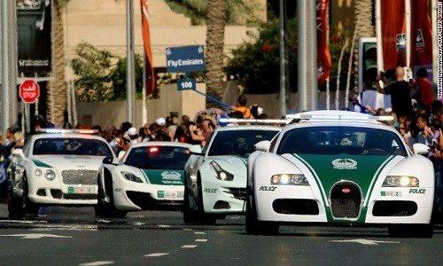 dàn siêu xe cua cảnh sát Dubai.