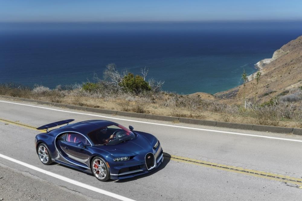 """Bugatti tiết lộ bí quyết """"dùng lửa thử vàng"""" để sản xuất siêu xe đỉnh cao 2"""