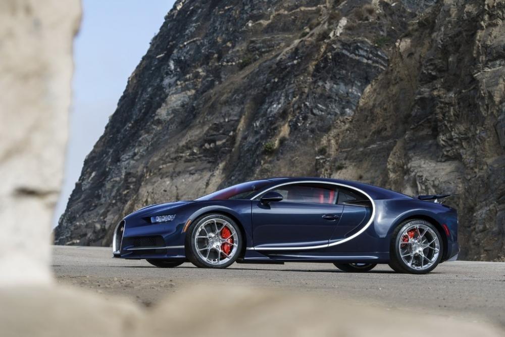 """Bugatti tiết lộ bí quyết """"dùng lửa thử vàng"""" để sản xuất siêu xe đỉnh cao 6"""
