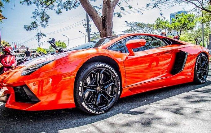Siêu xe Lamborghini Aventador LP700-4 xuất hiện tại Sài Gòn