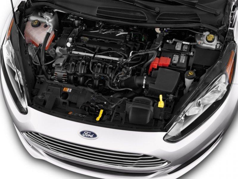 Ford Fiesta 2016 có 2 phiên bản động cơ cho khách hàng lựa chọn 1