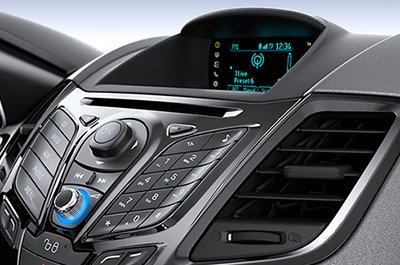 Đánh giá xe Ford Fiesta 2016: Hệ thống thông tin giải trí 1