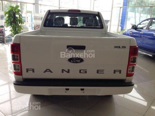 Khuyến mại lớn khi Ford Ranger XLS MT 2018 tay lái trợ lực điện, hỗ trợ trả góp 80% (3)