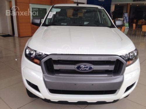 Khuyến mại lớn khi Ford Ranger XLS MT 2018 tay lái trợ lực điện, hỗ trợ trả góp 80% (5)
