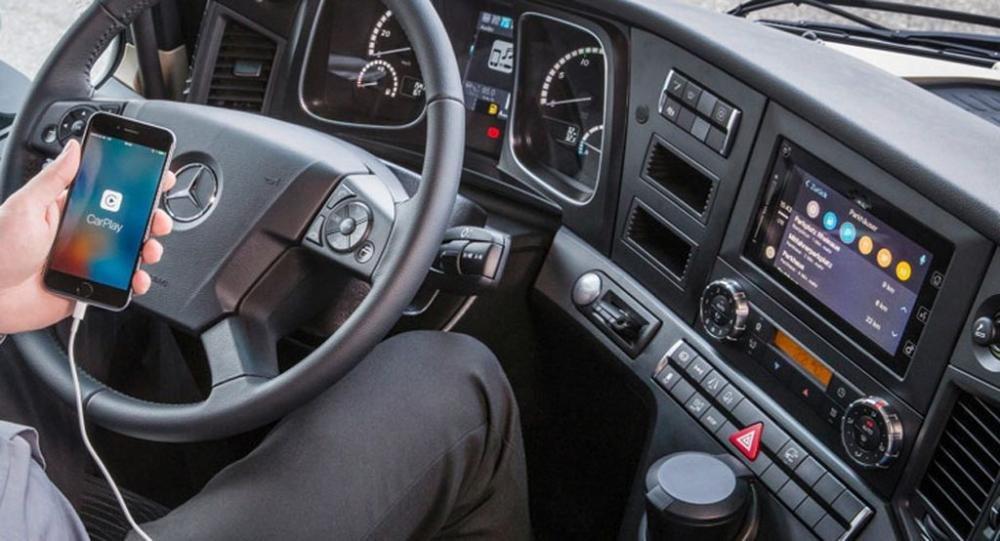 Mercedes-Benz sẽ tích hợp công nghệ kết nối điện thoại thông minh cho những chiếc xe tải - ảnh 6