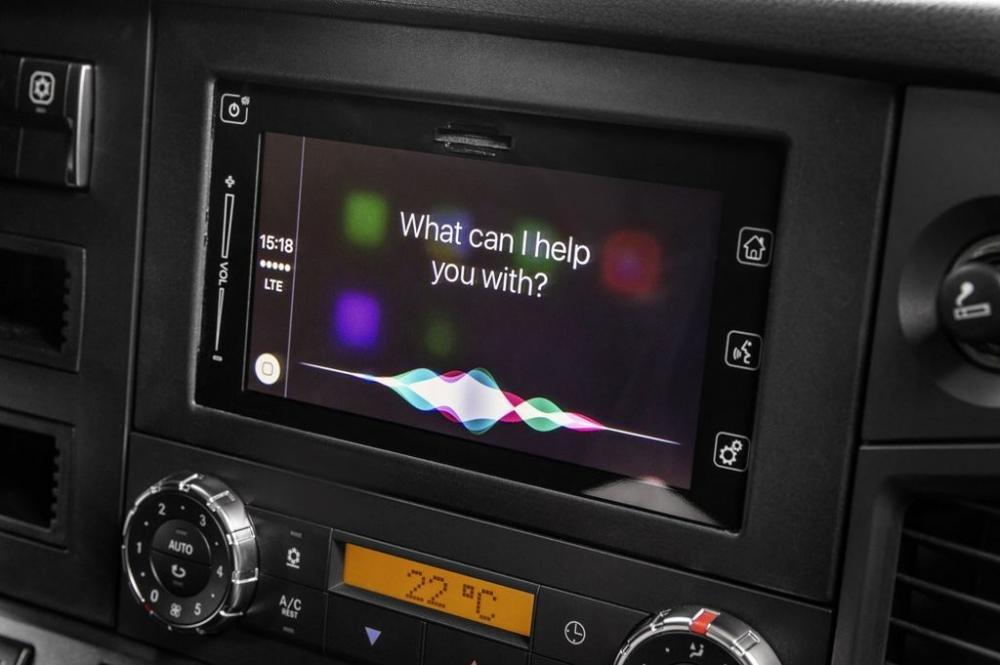 Mercedes-Benz sẽ tích hợp công nghệ kết nối điện thoại thông minh cho những chiếc xe tải - ảnh 4