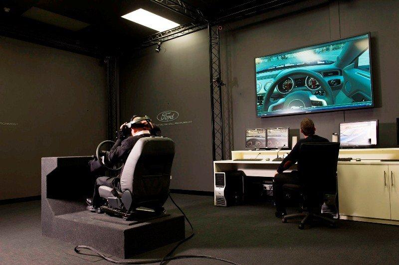 Mua ô tô dễ dàng hơn với công nghệ lái thử thực tế ảo 1.