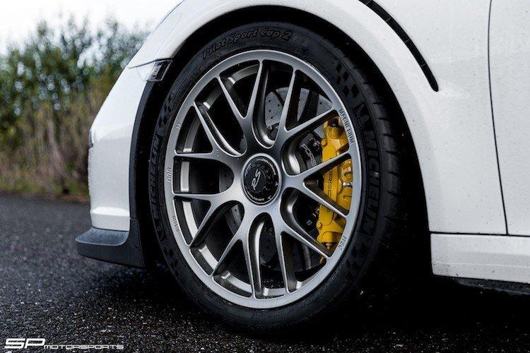 """Siêu xe Porsche 911 GT3 RS """"độ"""" 911R như xịn - ảnh 3"""