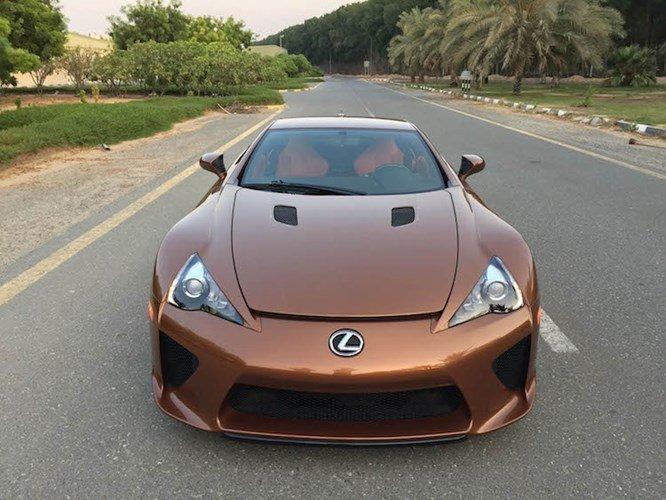 Ngắm siêu xe Lexus LFA màu độc giá 14,6 tỷ đồng