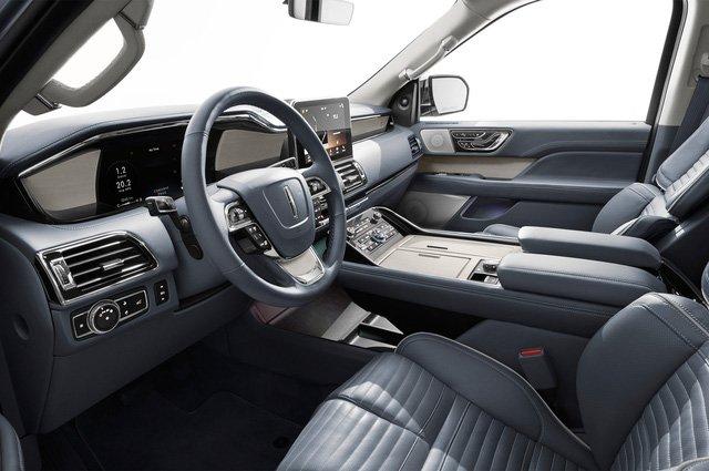 Đánh giá xe Lincoln Navigator 2018: Hàng ghế trước
